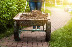 mulching and composting in Gidea Park